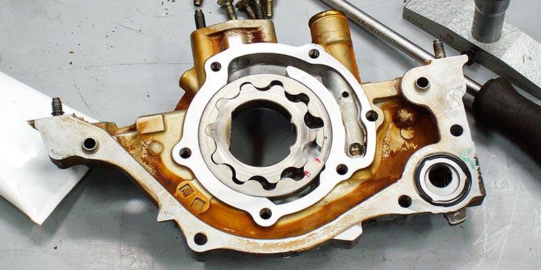 Замена масляного насоса в двигателе